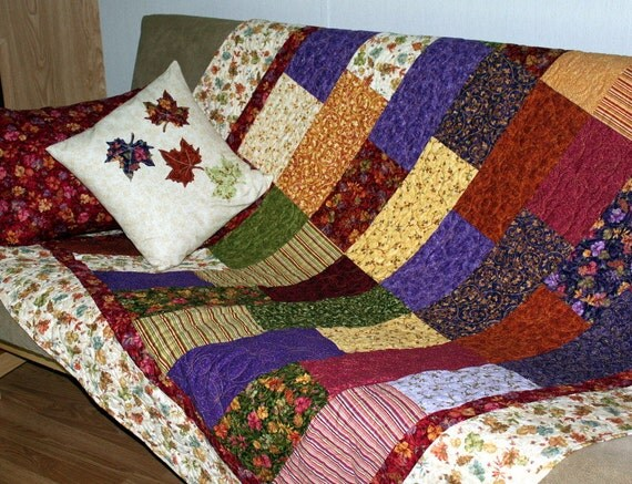 """Twin Bed Quilt PUMPKINS GALORE in Fall Colors 65"""" x 88"""""""