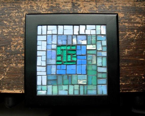 Periwinkle and Green Asymmetric Log Cabin Mosaic Trivet
