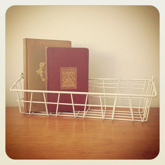 Industrial Wire Basket - Desk Accessory - Container - Storage locker basket