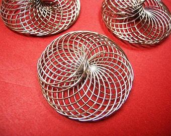 4pc nickel look metal wire beads-4654