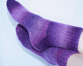 Women's 7-9 Ankle Socks Hand-knit by Janie Bull, Camelot
