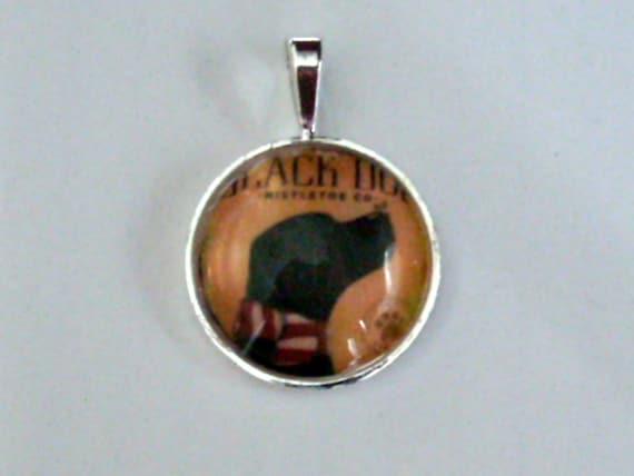 Devoted Black Lab Dog    Glass Domed Pendant