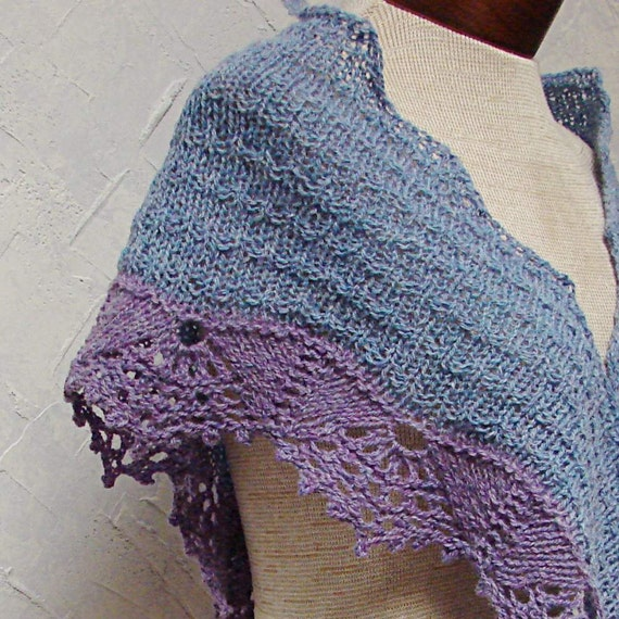 Knitted Lace Edging Patterns : Pattern A Shawl With Lace Edging hand knit shawl pattern