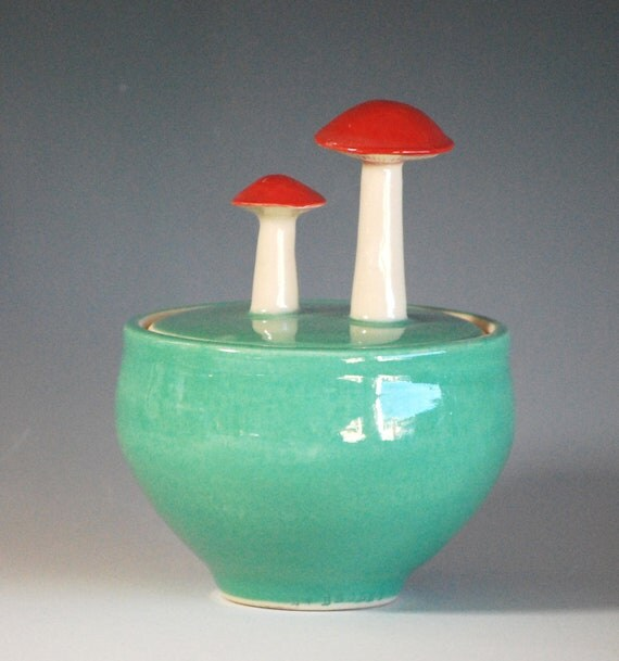 Mushrom Jar in Jade