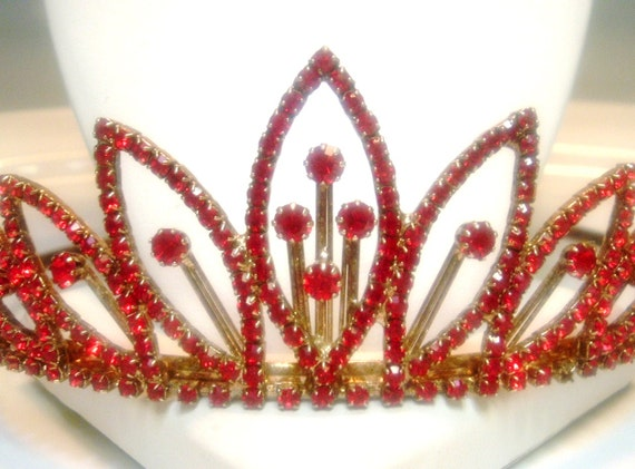 Vintage Red Rhinestone Tiara Be Queen For a Day