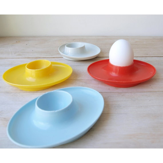 Modern Style Egg Cups - Set of 4