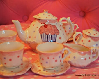 Pink cupcake  tea set  Tea Party Personalized Tea Set and tea cups for little girls, handpainted, monogrammed