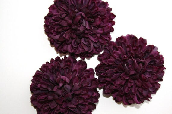 silk dark purple flower button mum in royal purple . ., Beautiful flower
