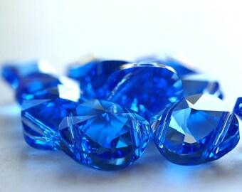 Sapphire Swarovski Elements 14mm Square Bead Double Hole : 2 pc