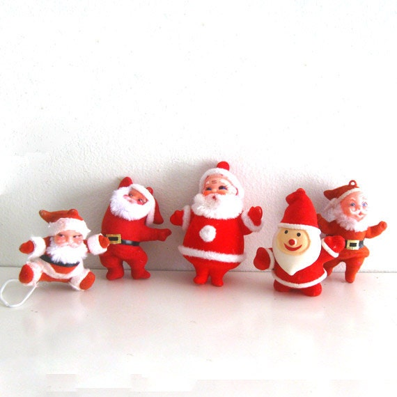 Lot Of 5 Vintage Christmas Decorations Kitsch Santa Claus: 5 Vintage Christmas Ornaments Flocked Santa Claus By
