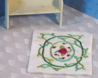 Hand embroidered miniature area rug with 2 ovals  red rose