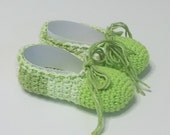 """Child's Size 12/13 - 5 1/2"""" (14cm) Green Multicolor Crocheted Ballet House Slippers"""
