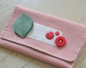 felt wallet // pink and green
