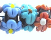 Lampwork Beads A Bouquet of Raised Flowers