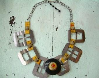 Ecofriendly Necklace - TAXI!