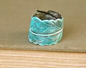 Bohemian blue feather ring. tiedupmemories
