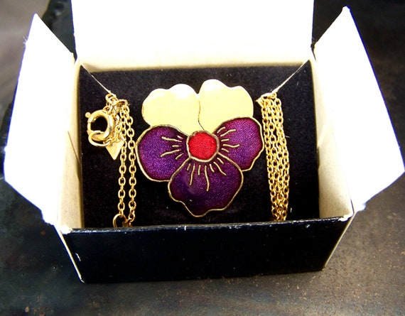 Sarah Coventry - rare - vintage necklace - flower - enamel -purple yellow pansy - adjustable length - collectors piece