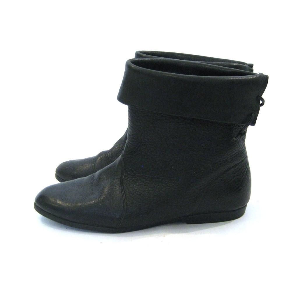 vintage 80s black leather ankle boots lace up details size
