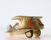 Vintage Airplane Planter - bellalulu