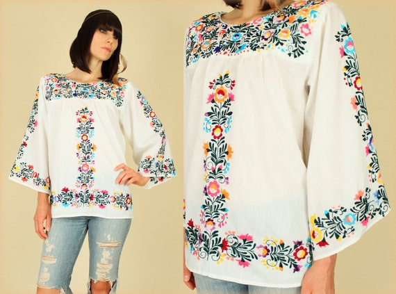 ViNtAgE 70's Oaxacan Rainbow Hand Embroidered Mexican Floral Tunic Handmade Top M