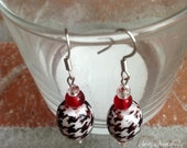 Red Accented Houndstooth Beaded Earrings