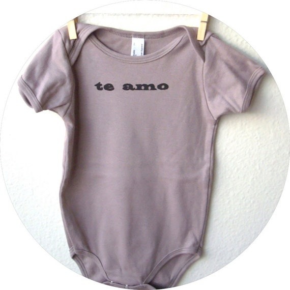 "SALE Organic Cotton Baby T-shirt. 12-18 MONTHS ""Te Amo"" in Cinder"