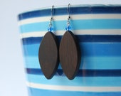 Plume - wooden earrings