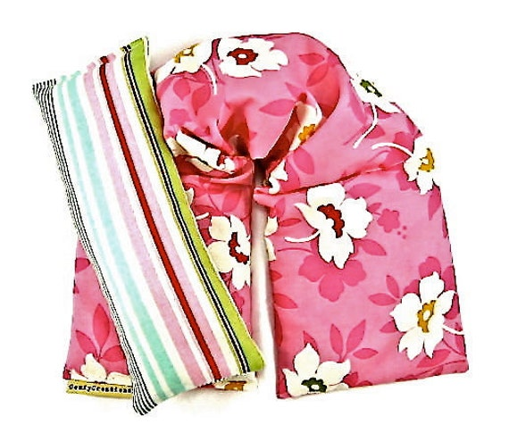 Gift Idea Set Heat Pack i Pillowt Hot Cold Therapy Organic Lavender Designer Fabric Floral Pink  Green Weddings Yoga