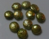 ON SALE Green Shimmer Color Coin Style Freshwater Pearl Beads 11
