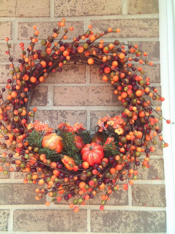 Autumn Berry Wreath / Fall Berry Wreath