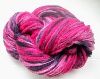 Hand painted virgin wool yarn 50g crimson red pink black sunset