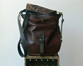 new ALL LEATHER 1903  'three in one' -  messenger, shoulder bag, and backpack  -  leather backpack
