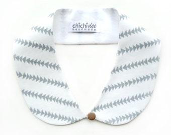 Peter Pan Collar // Detachable Collar // Collar Necklace // Blouse Collar // Grey Triangle Stripes