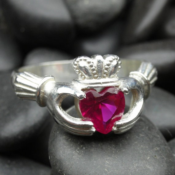 Lab Ruby claddagh ring in sterling silver - Ready to be shipped in size 6