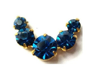 Vintage Swarovski jewelry findings 5 rhinestone crystals in brass setting curve design, blue