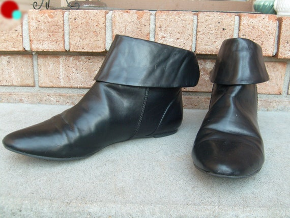 vintage pixie boots black ankle pointy toe flat fold by ehappy