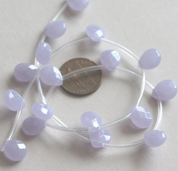 18 pcs of light Lavender glass faceted flat briolette beads 9X11mm