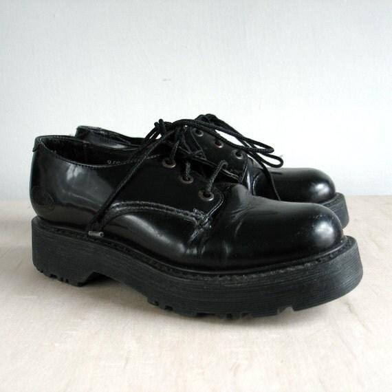Womens NaNa shoes / Black Leather / UK 5, US Women fashion, size 7, industrial