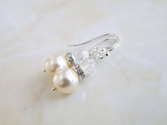 Swarovski Earrings Pale Ivory Pearl Sterling BE3
