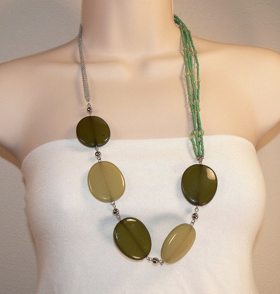 Vintage Shades Of Green Necklace, Long Moss Green Necklace,Bold Chunky Multi Strand Statement Necklace, Modern Green Necklace