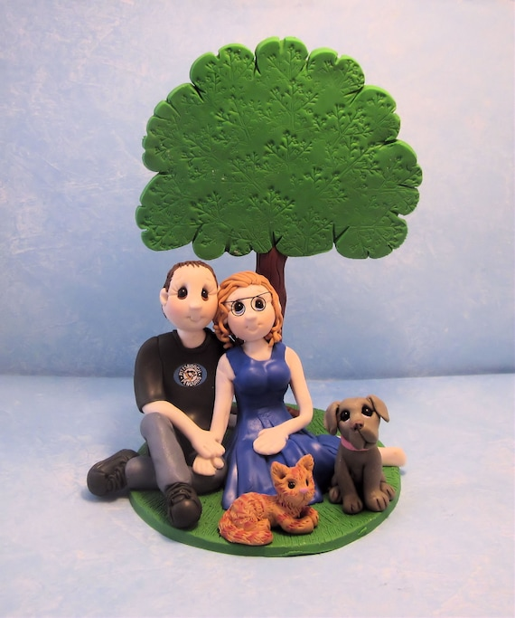 Bride and Groom  Cake topper llmanown