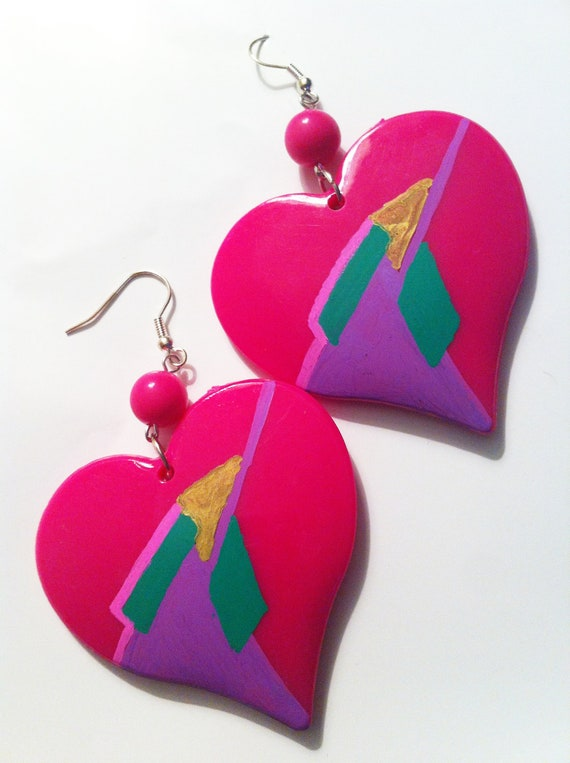 HEART PINK MAGENTA painted bright 90s 80s open love lovers post stud oversized earring large big  glam basketball wives enlarged size