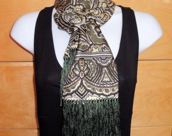 Vintage oblong silk scarf, Paisley Traditional Design with fringe, Casual Corner 1980s fashion scarf that remains very wearable