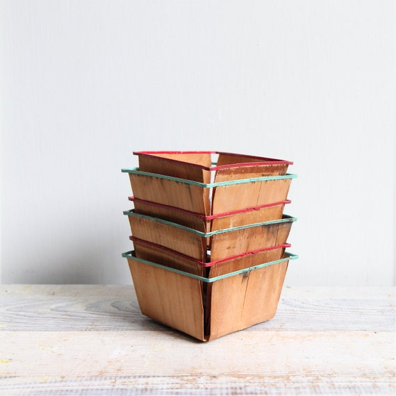 Set of 6 - Vintage Berry Baskets - Box