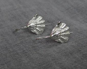 Kitten paw shell charm earrings - silver