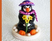 Molly Penguin Figurine, Terra Cotta Pot Base, Made with Polymer Clay, Unique Gift, Decoration, Home Decor, Stocking Stuffer