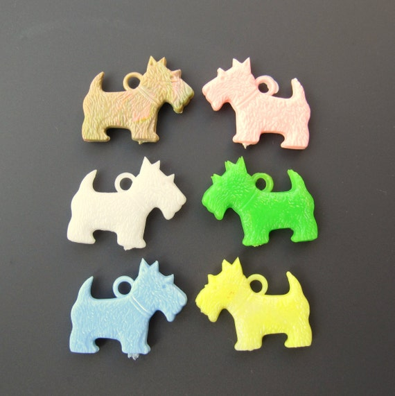 Scottie Scotty Dog Charms, Plastic, Mixed Colors  - NOS - Lot of 6