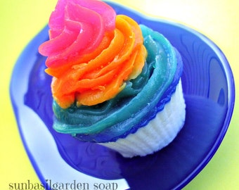 Best Friend Gift. Birthday Gift for Her. Teen Gift. Rainbows, RAINBOW CUPCAKE SOAP, Made to order, Cupcakes, Birthday Present, Teen Girl
