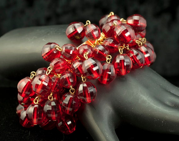 Red Crystal Vintage Expansion Bracelet