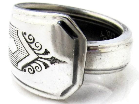 Spoon Ring Size 9 Nuart pattern Art Deco